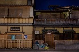 kyoto_hanami-koji_081411_28-kyoto_hanami-koji_081411_37_905